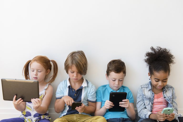 Tablets as the new Nannies/ Yayas: Why kids suddenly get so much screen time
